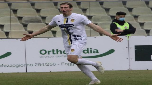 Ascoli Calcio, trattativa avanzata con la Viterbese per il terzino Baschirotto