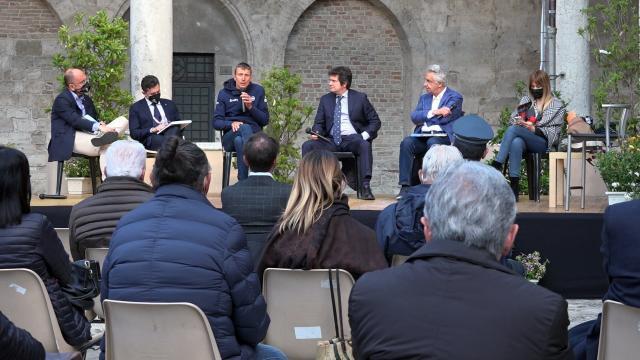 Giro d'Italia: tappa Grotte Frasassi-San Giacomo, grande soddisfazione per Regione Marche e Comune Ascoli