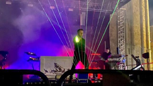 Ascoli Piceno, emozioni incredibili al concerto di Dardust in Piazza del Popolo