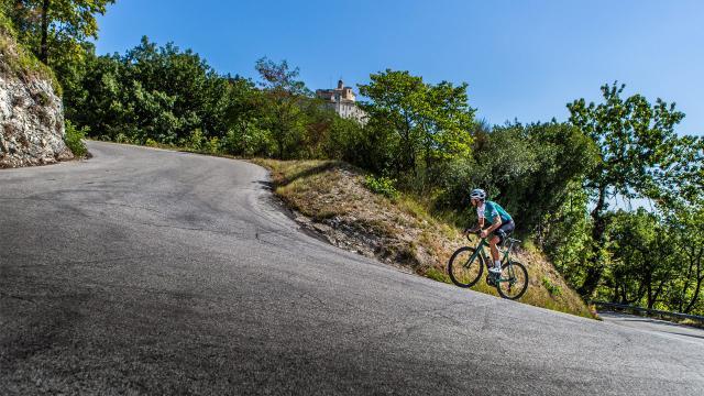 Granfondo Nibali-5 Mila Marche, 150 i coraggiosi che si sfideranno per 250 km e 5000 metri di dislivello complessivi