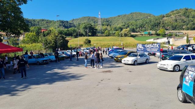 ''Cascià Day'', grande successo per il raduno automobilistico nelle zone interne del Piceno