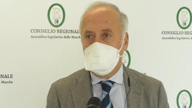 Coronavirus, aumentano posti terapia intensiva nelle Marche. Col contagocce forniture vaccini