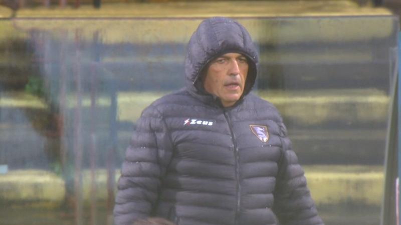 """Salernitana-Ascoli 1-0, Castori: """"Vittoria strameritata. Rigore non c'era, Lopez ha preso la palla"""""""