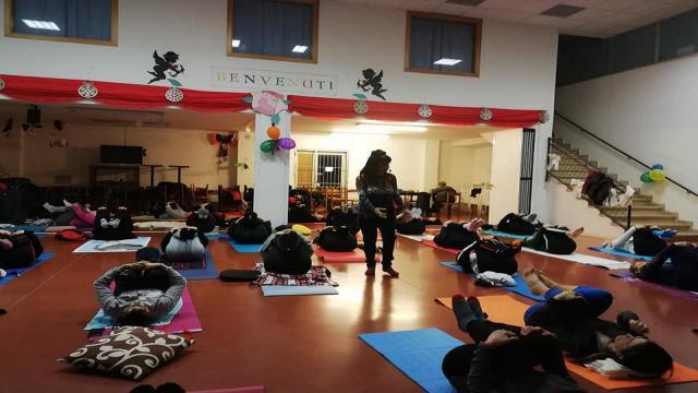 Grottammare, riprende corso yoga olistico all'Istituto ''Fazzini-Mercantini''