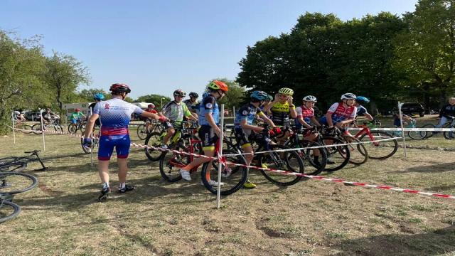 Ciclocross: a Colle San Marco successo per lo stage tecnico per le categorie G6, esordienti e allievi