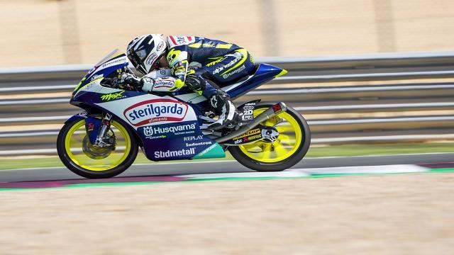 Moto3, Fenati parte nelle retrovie nel caldissimo Gran Premio del Qatar. E' di Binder la prima pole