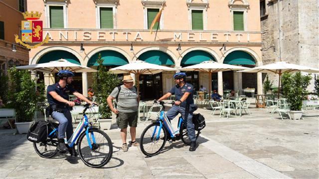 Polizia Ascoli Piceno, partiti i servizi di controllo con le ''pantere a due ruote''