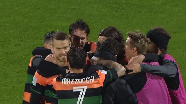 Venezia-Cosenza 3-0, la banda Zanetti condanna i Lupi al secondo ko di fila. Sorpasso Ascoli