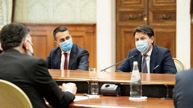 Coronavirus, approvato nuovo decreto per contenimento contagi. Novità della 'Zona Bianca'